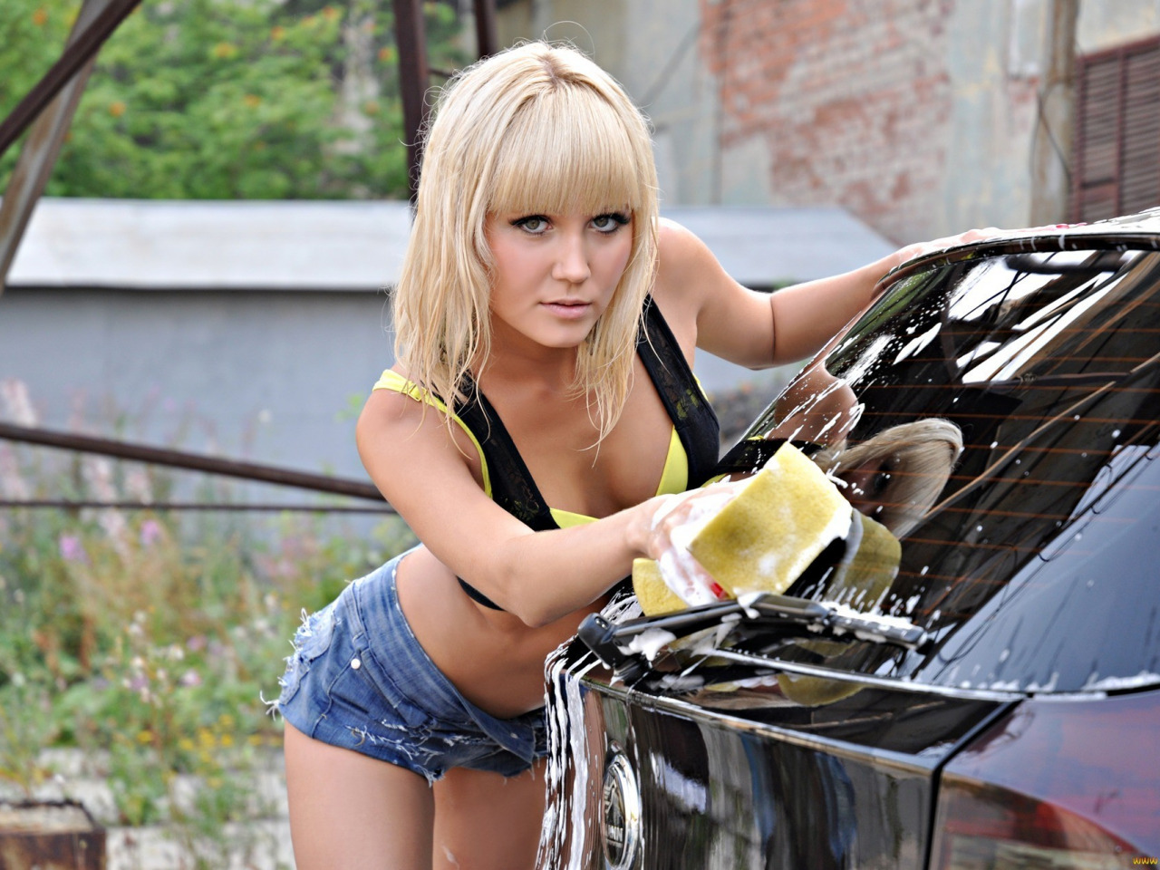 Sexy blonde machine — photo 6