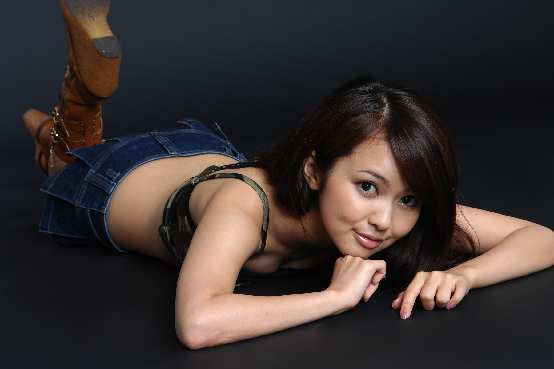 asian-casted-girls-sexy-bi-sexual