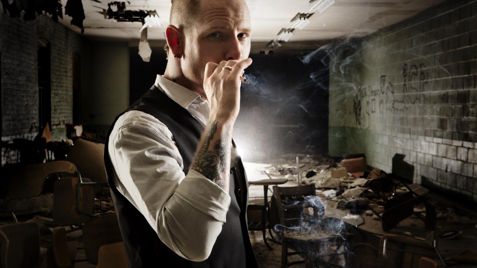 Download Wallpaper Tattoo Cigarette Male Metal Mohawk