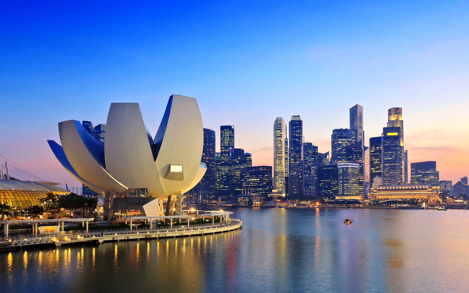 impact foreigners have on singapore