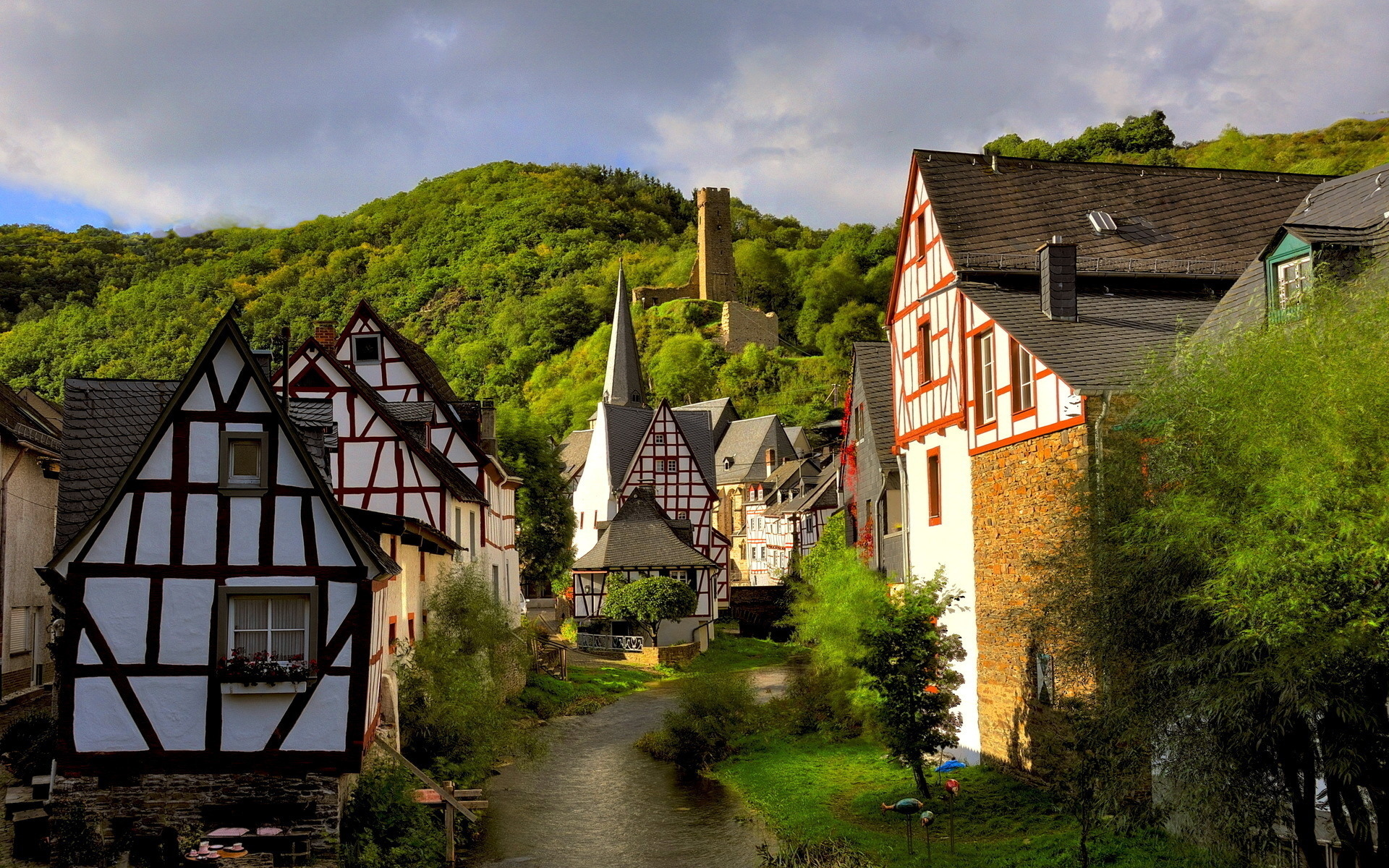 Lorch Village, Hesse, Rhine River, Germany  № 78333 без смс