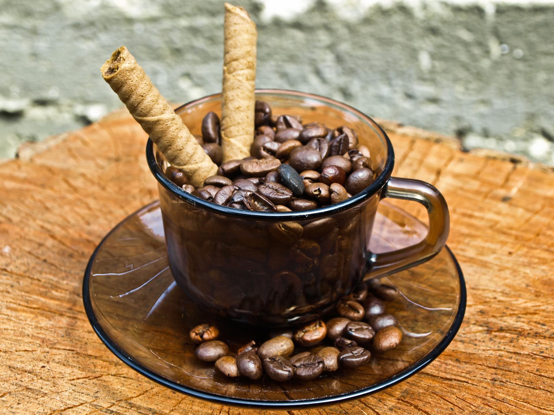 Кофе зерна чашка  № 2172395 загрузить