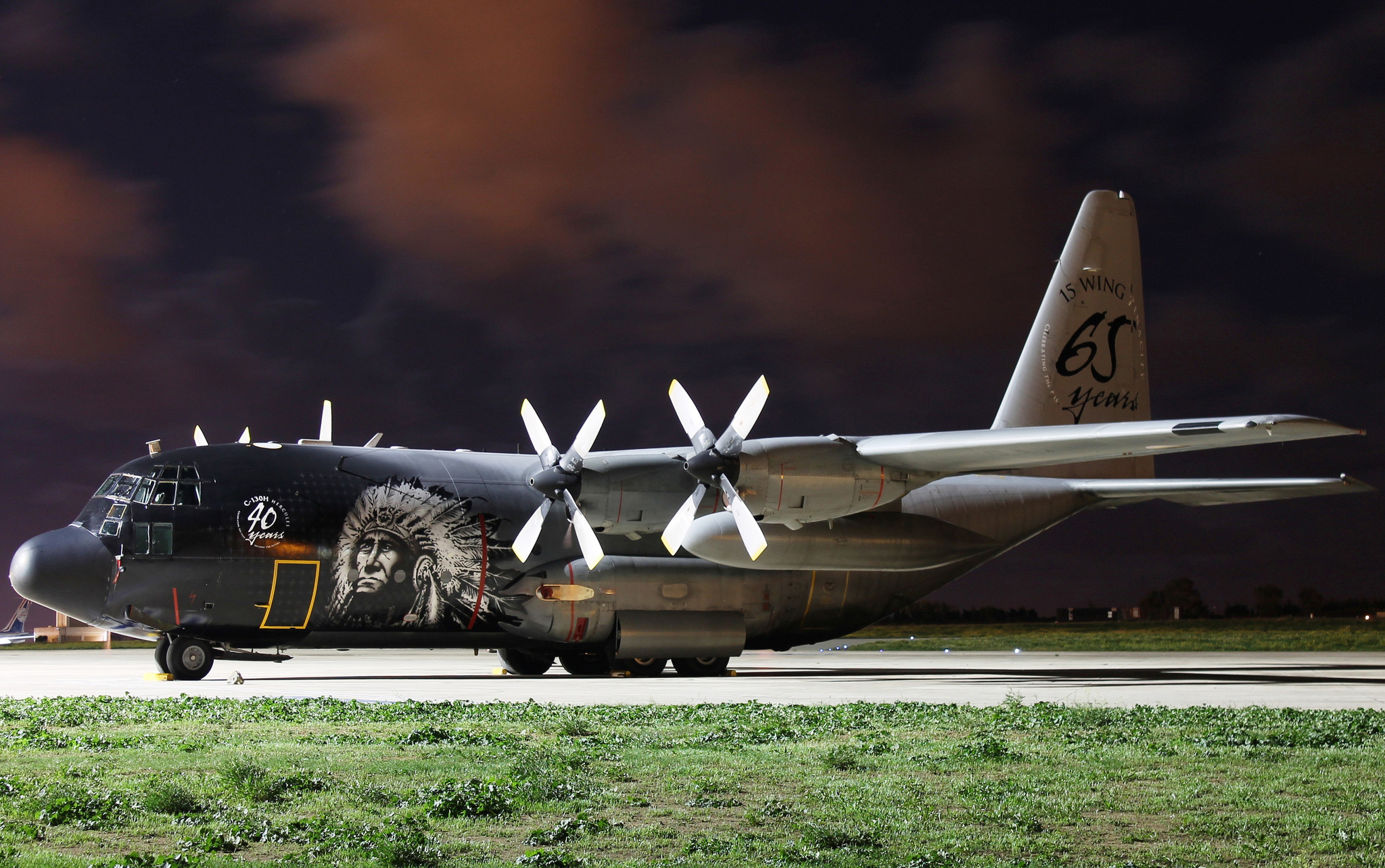 HELLO LADIES AND GENTLEMEN! In this tutorial I show you how to build the modern warfare Lockheed C130 Hercules military transport aircraft! If you use