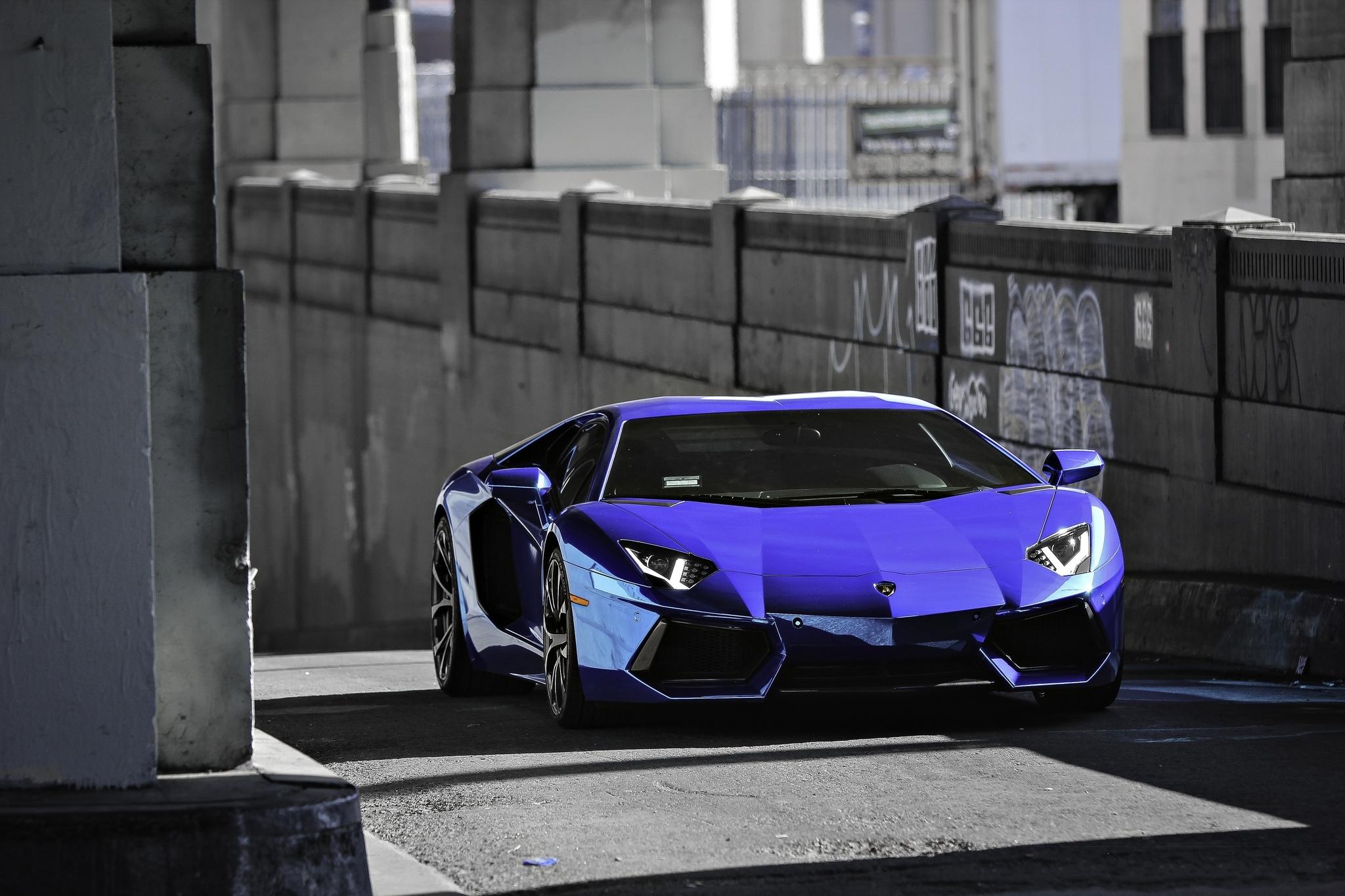 Lamborghini голубая отражение  № 2522895 загрузить
