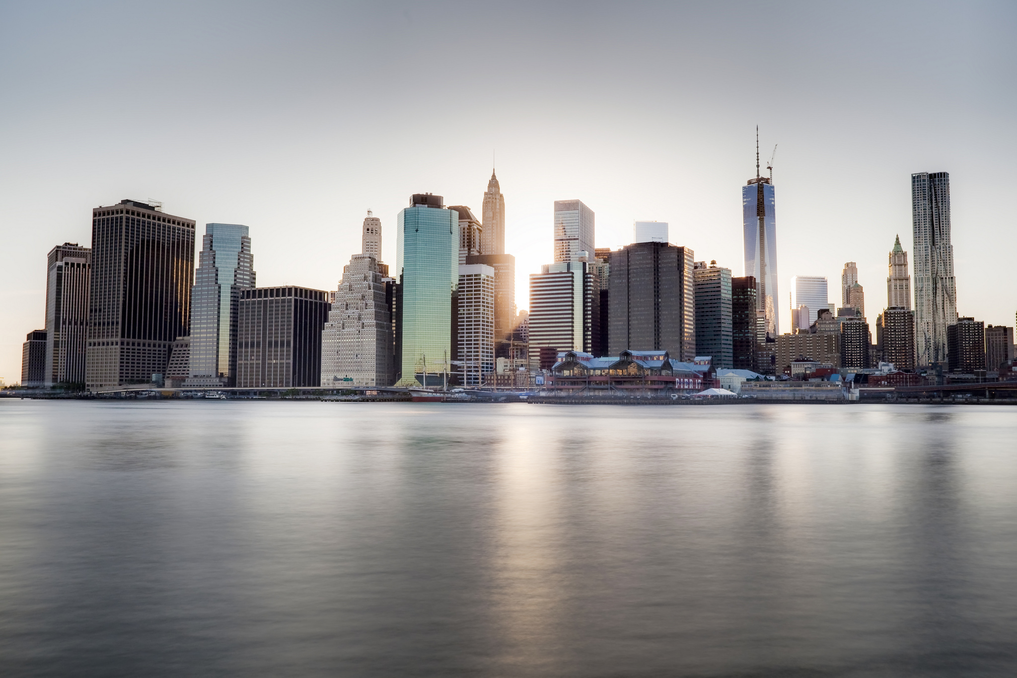 Download wallpaper new york skyscrapers dumbo promenade river wallpaper save it voltagebd Images