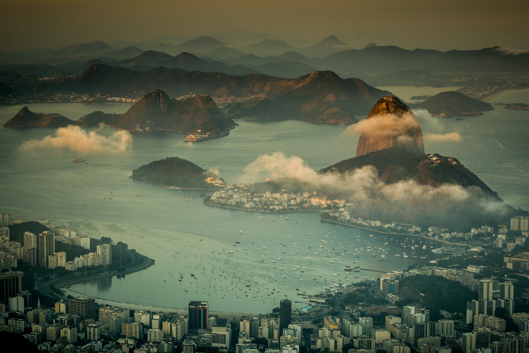 Сверкающий Рио-Де-Жанейро  № 1457426 бесплатно