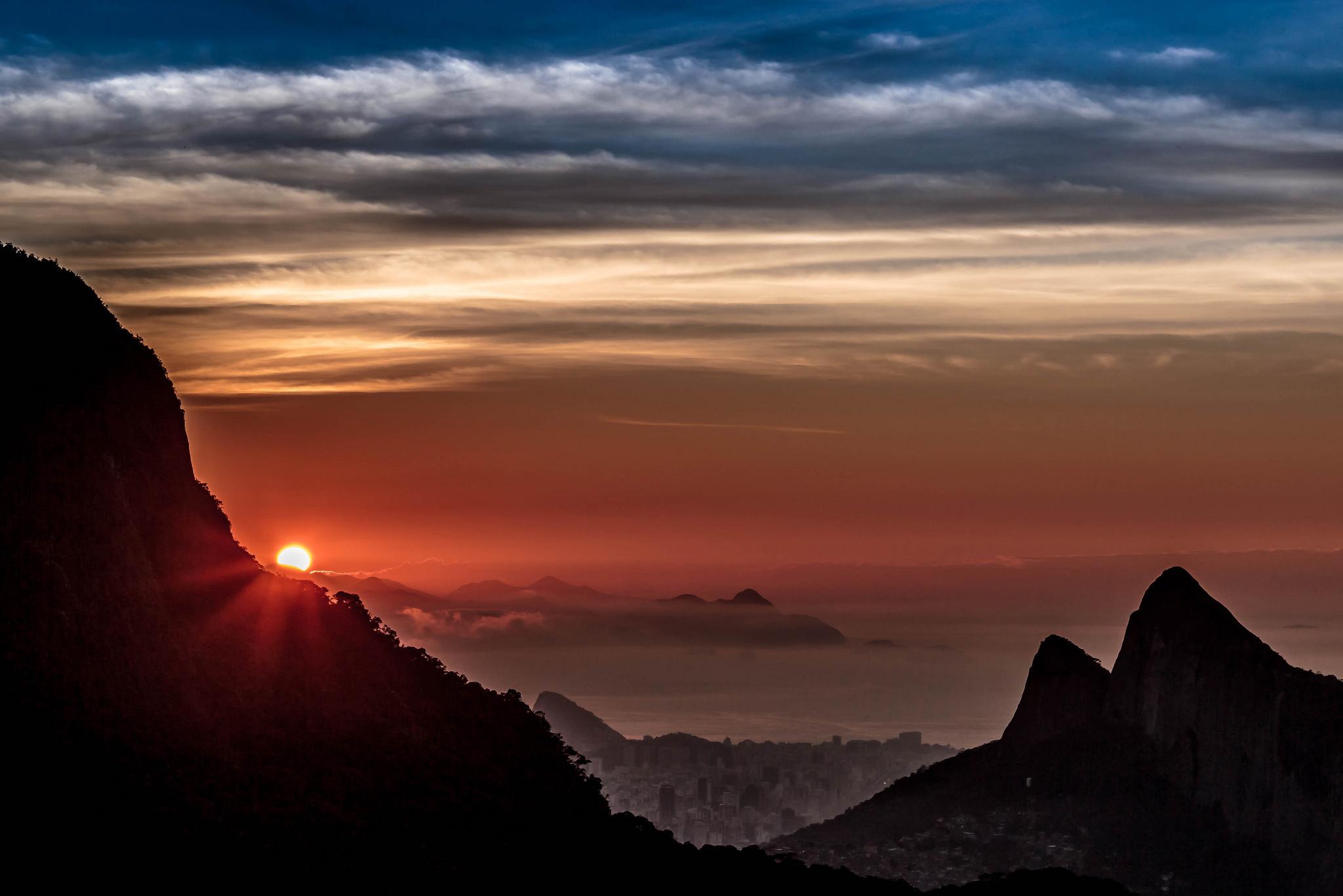 Рио-де-Жанейро перед рассветом  № 1457617  скачать