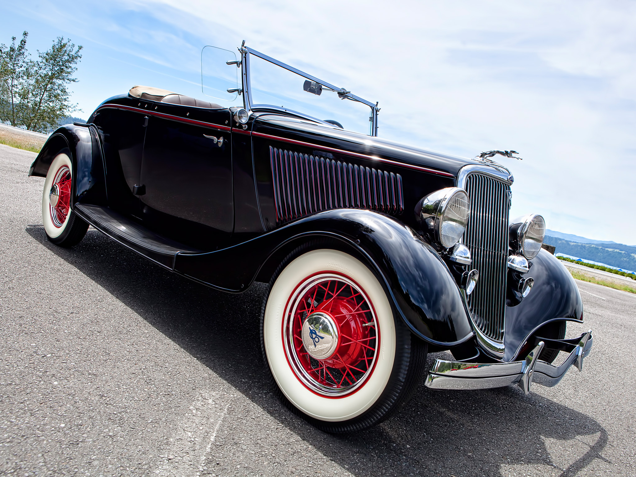 Купить ретро, старинный автомобиль Ford реставрация ...