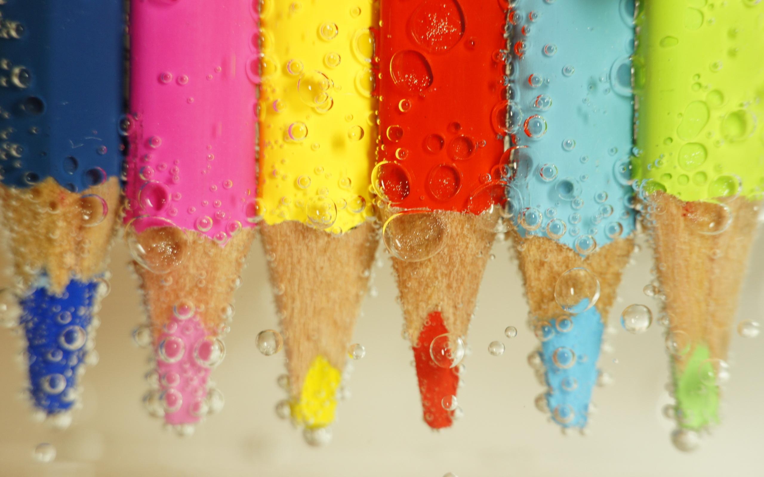 разноцветные карандаши  № 2932043 загрузить