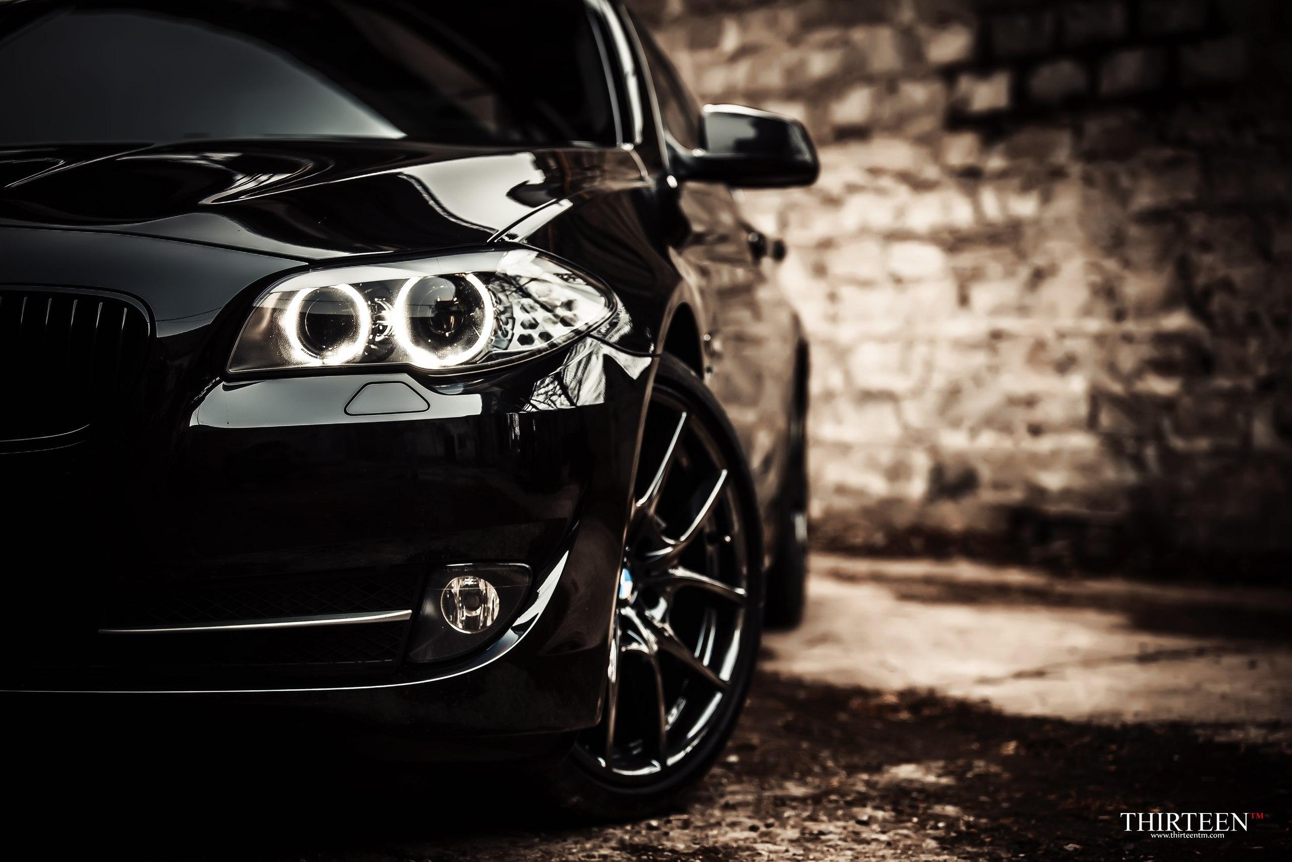 черно-бело фото BMW  № 2422765 без смс