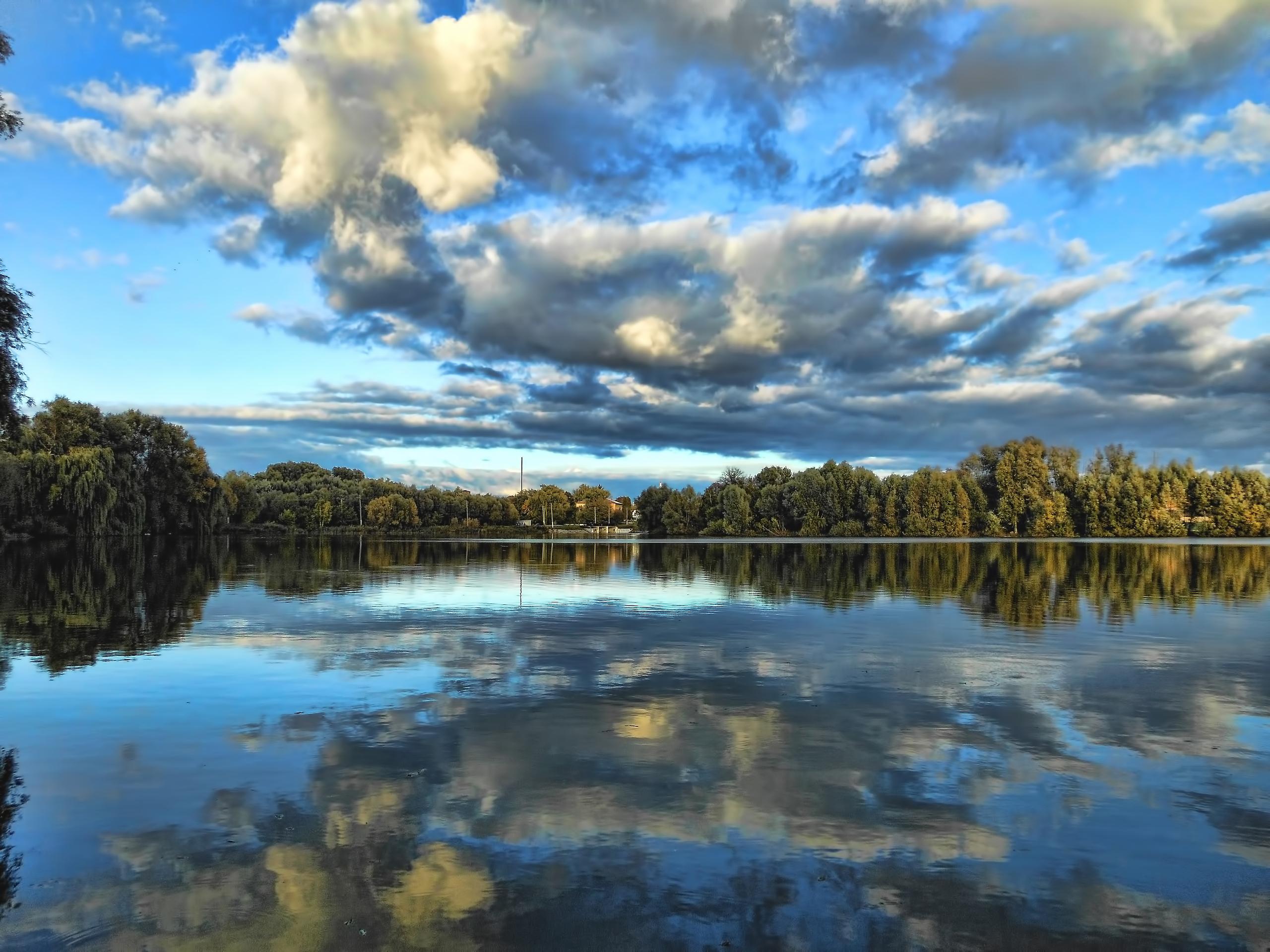 природа река деревья облака небо  № 316568 загрузить