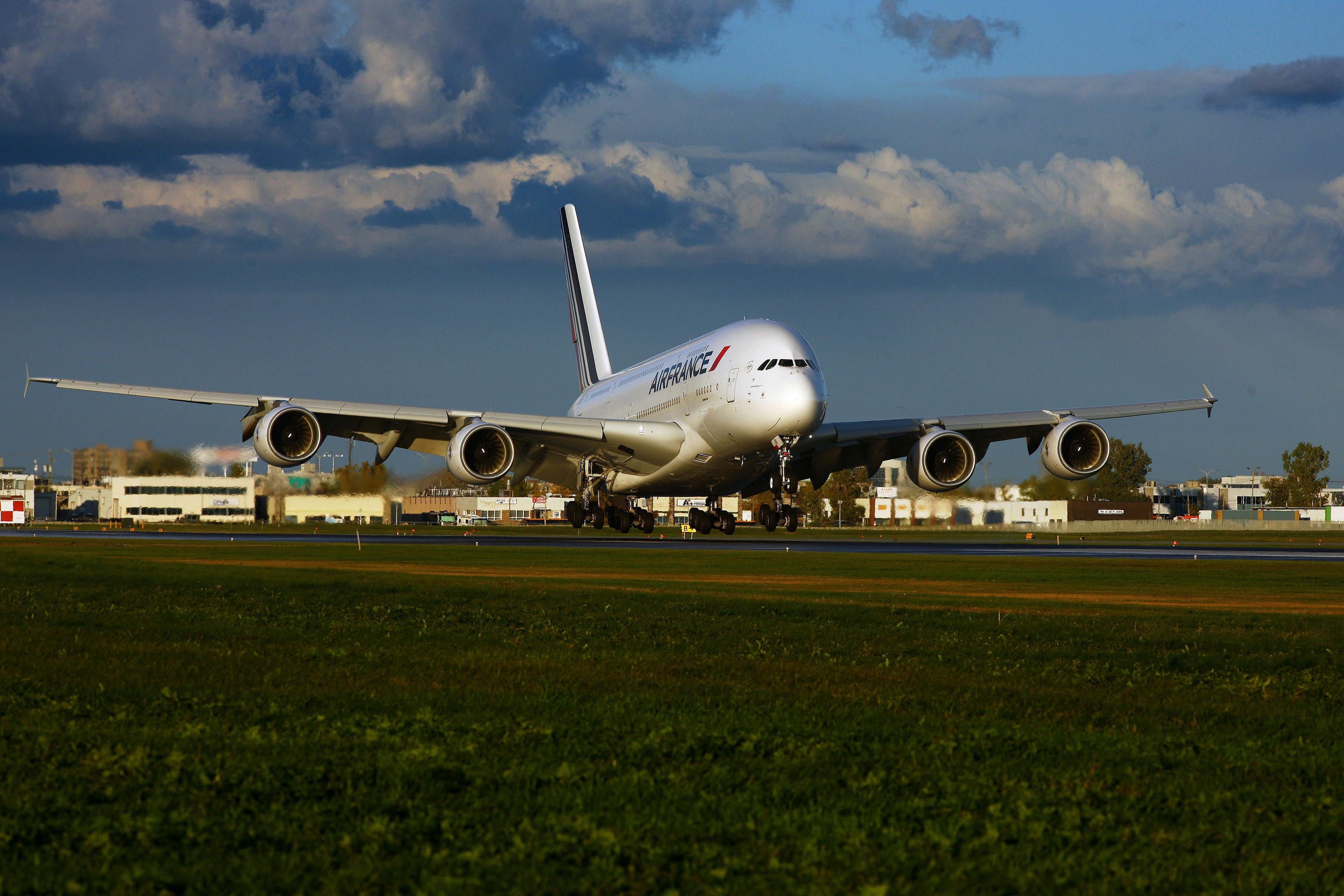 Аэробус А380  № 2361632 бесплатно