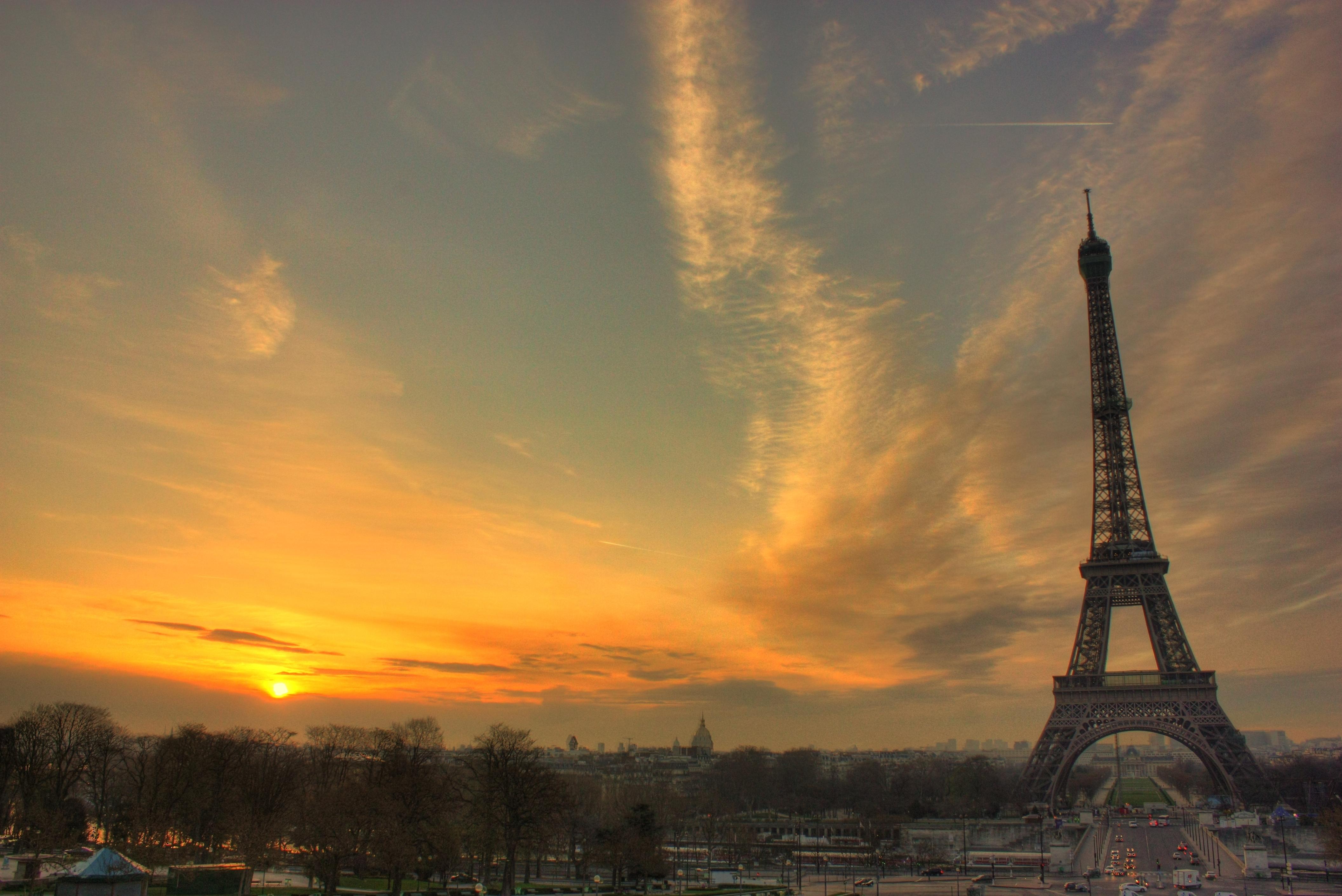 Париж из космоса  № 3715297 без смс