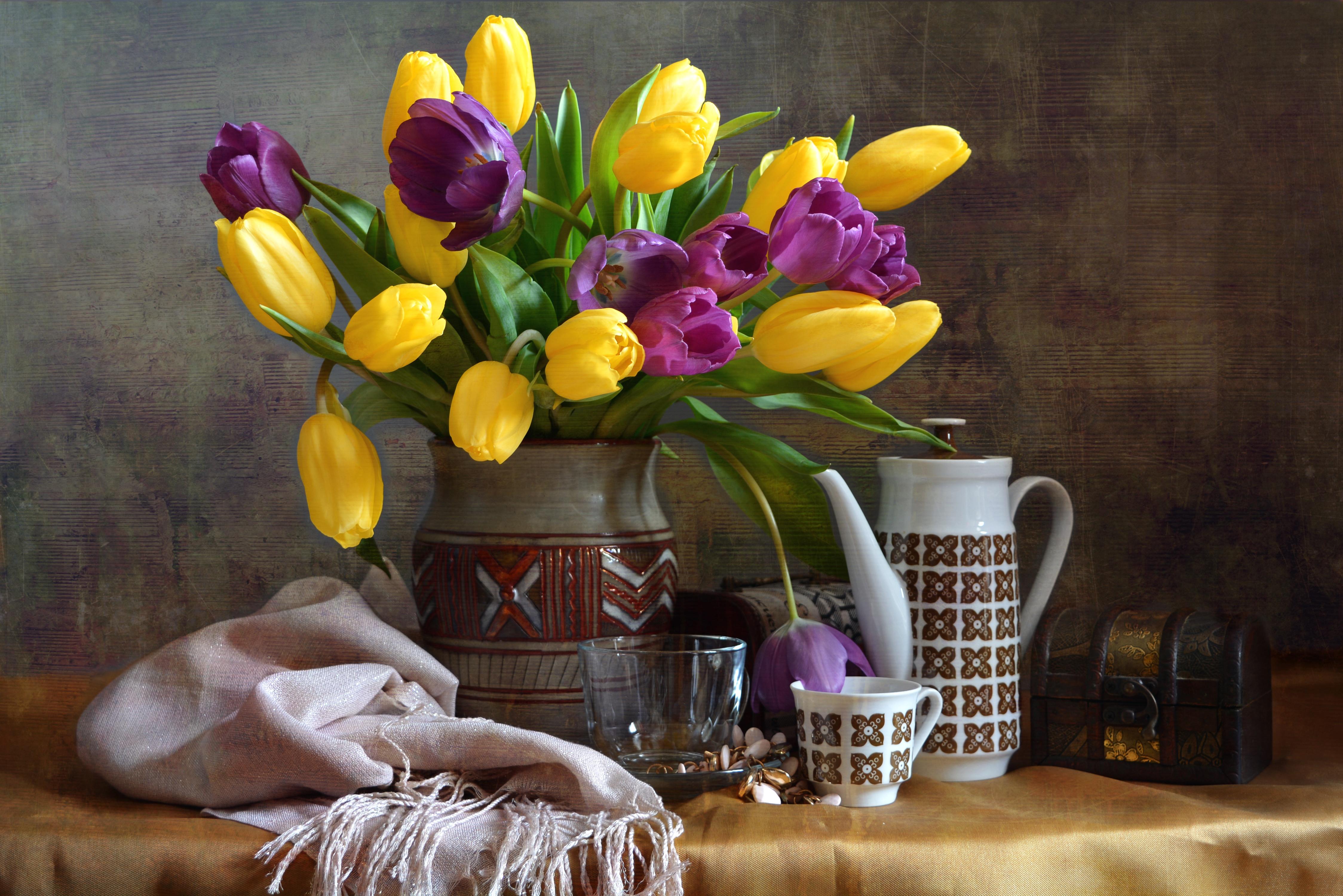 тюльпаны ваза море  № 1012796  скачать