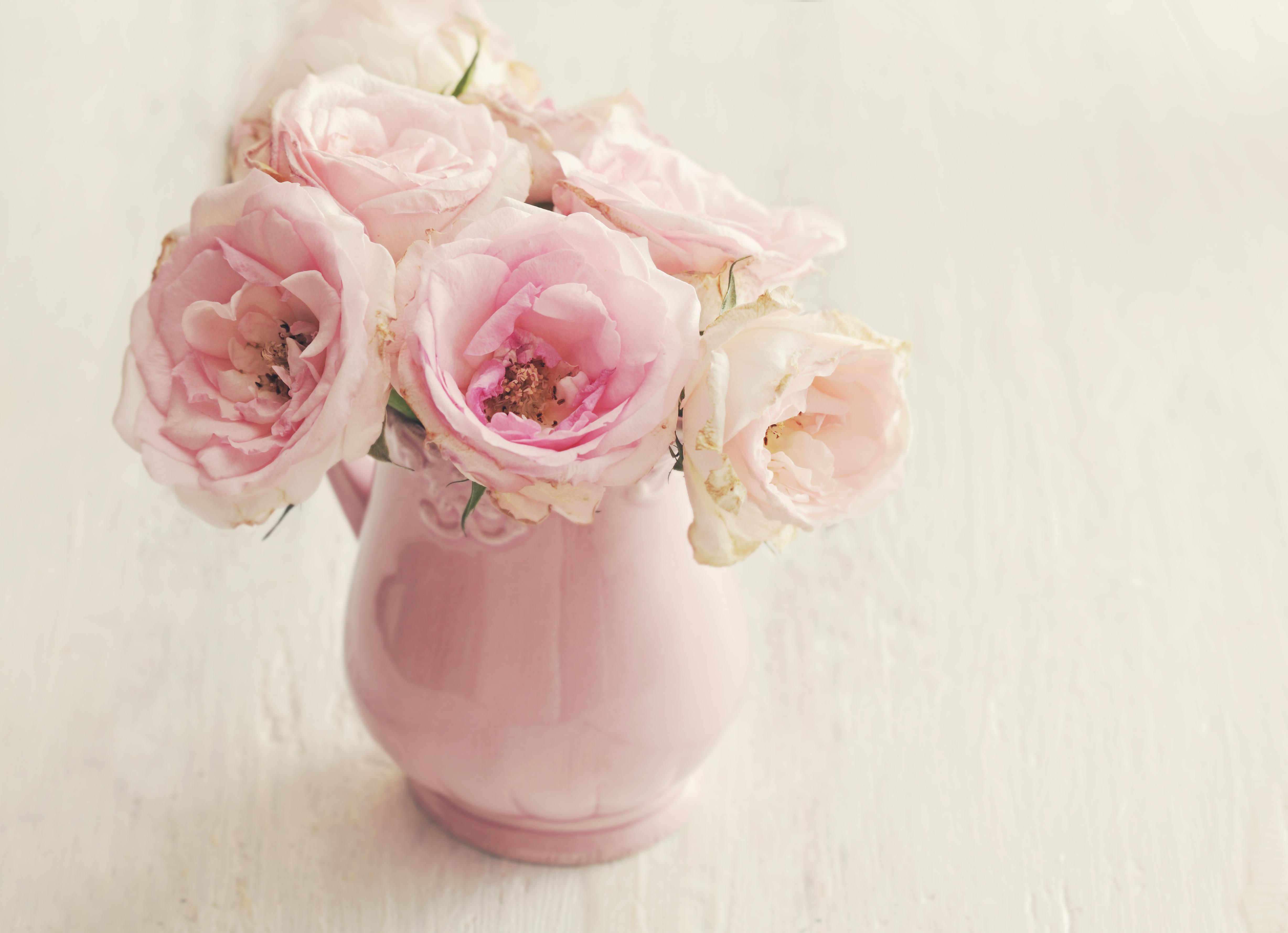 розы цветы ваза  № 1332540  скачать