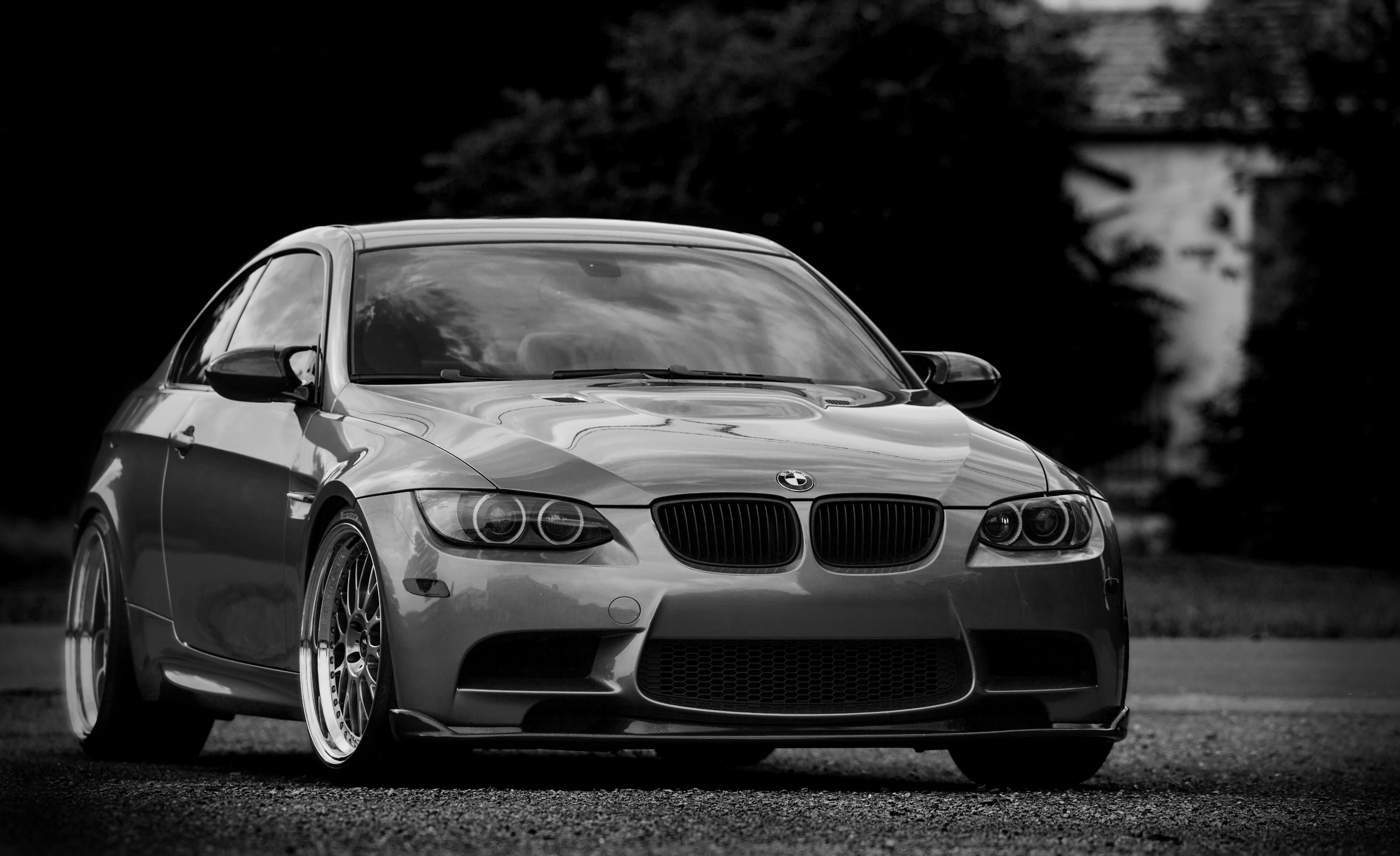 черно-бело фото BMW  № 2422745 без смс
