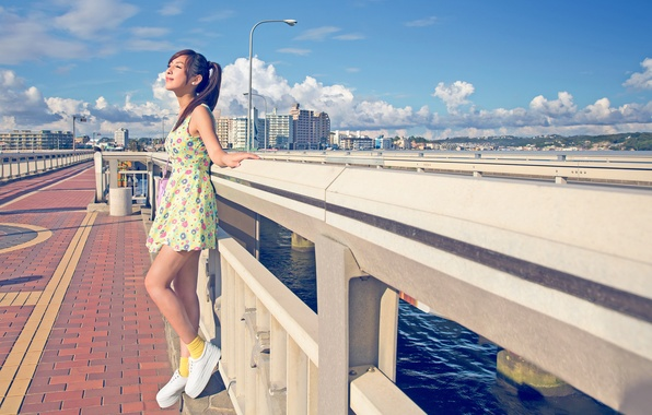 Picture summer, girl, the sun, the city, dress