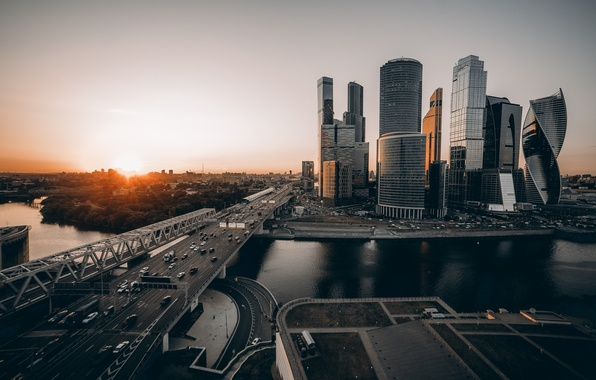 Picture the sun, the city, Moscow, Moskovski, tones