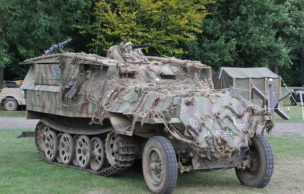 Picture guns, average, APC, Special motor vehicle, half-track, Sd Kfz 251