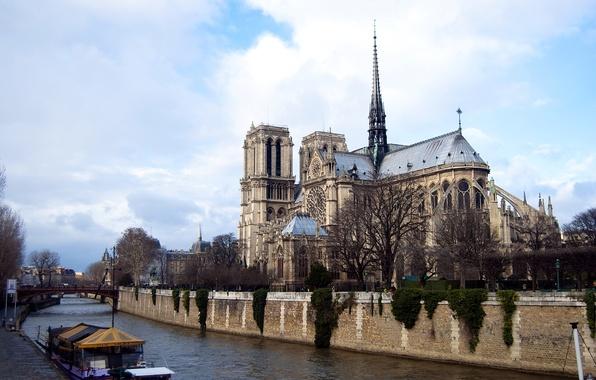 Picture the sky, clouds, bridge, river, France, Paris, boat, Notre Dame Cathedral, Notre Dame de Paris