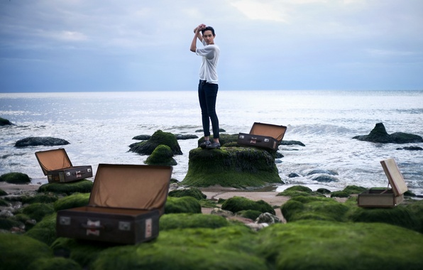 Picture sea, the situation, guy, suitcases