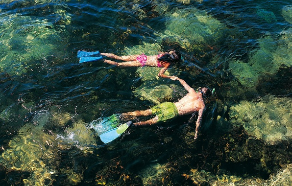 Picture MASK, GIRL, SEA, The WORLD, UNDERWATER, RUFFLE, STAY, FINS, RESORT, GUY, TUBE