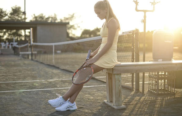 Picture girl, sport, racket, court