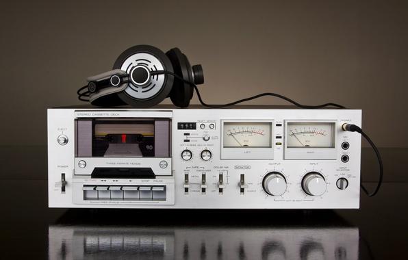 Picture retro, music, blur, headphones, player, headphones, cassette, tape, hi-tech, music, bokeh, cluster, stationary, wallpaper., technology