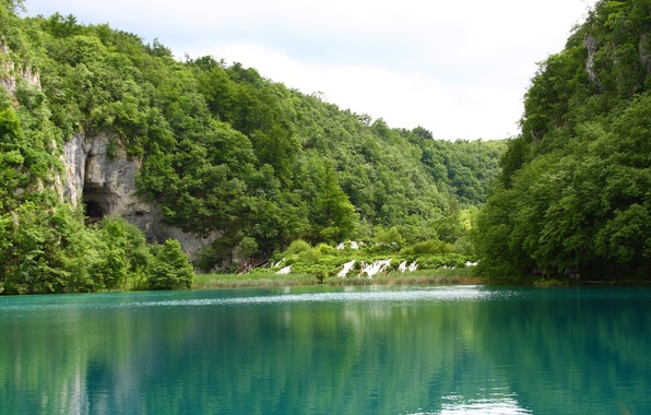 Picture water, trees, landscape, nature, lake, rocks, waterfalls