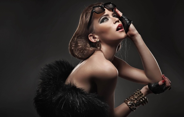 Picture eyes, girl, face, background, earrings, hands, makeup, hairstyle, lips, gloves, bracelet, fashion, shoulders, sunglasses, manicure