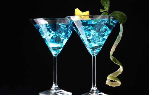 Picture ice, glasses, cocktail, drink, black background, mint, carambola