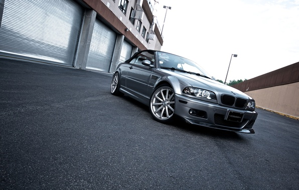 Picture the building, BMW, silver, BMW, convertible, E46, the front part, silvery, Cabrio