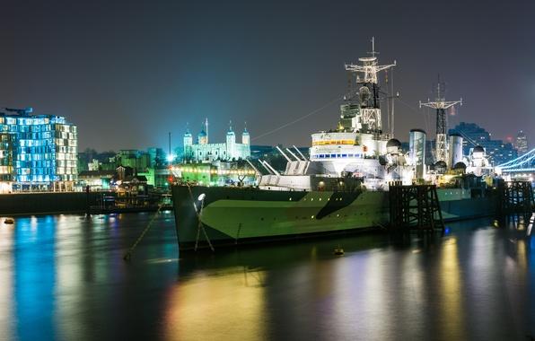 "Picture pier, (C35), the type ""town"", HMS Belfast, ""Belfast"", light cruiser"