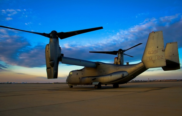 Picture the airfield, V-22 Osprey, the tiltrotor, Osprey, Bell-Boeing