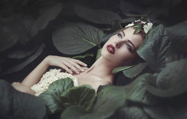 Picture leaves, decoration, green, portrait, makeup, lips, Joanna Sośnicka