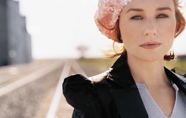 Picture look, light, face, background, street, woman, focus, singer, rock, alt rock, piano rock, Tori Amos, …