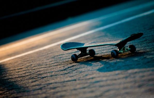 Picture road, light, night, sport, skate, skateboard