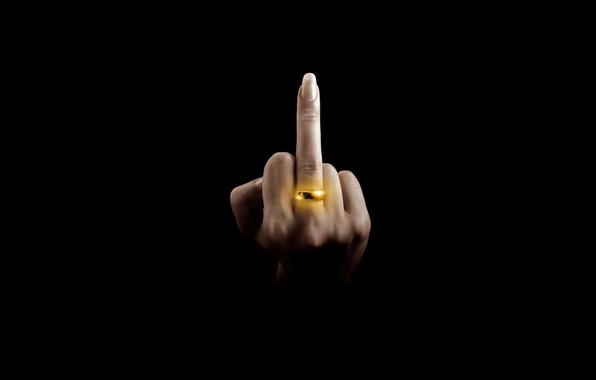 Picture hand, FAK, ring, black background