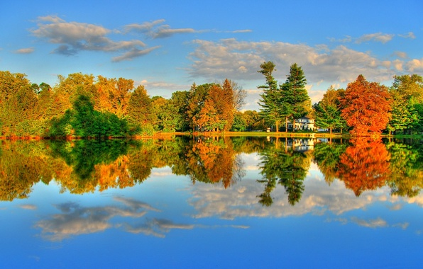 Picture autumn, forest, the sky, clouds, trees, lake, river, mood, foliage, silence, house, the crimson