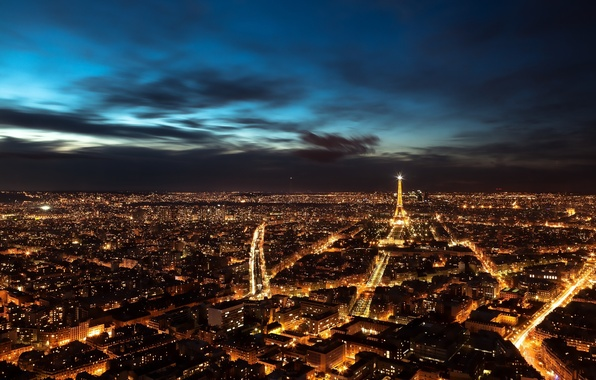 Picture France, Paris, the evening, night city