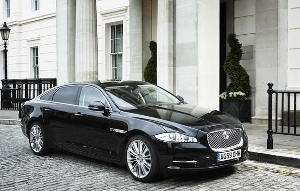 Picture black, street, Jaguar, Jaguar XJ Saloon 2011