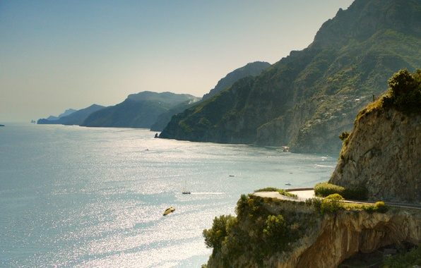 """Picture sea, landscape, mountains, nature, hills, advertising, drop, Italy, Fiat 500, Fiat 500, """"immigrants"""", commercial, """"Immigrants"""""""