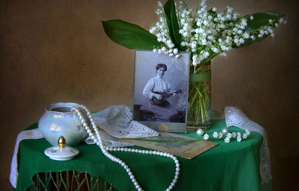 Picture retro, photo, bouquet, texture, necklace, still life, lilies of the valley, vintage