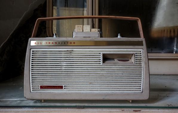 Picture radio, receiver, transistor