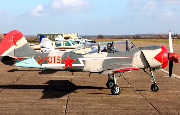 Picture the plane, the airfield, Soviet, The Yak-52, sports training