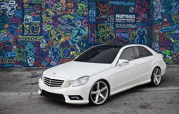 Picture white, graffiti, tuning, Mercedes, the front, tinted, E Class