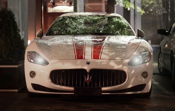 Picture Maserati, Auto, Night, Machine, Lights, GranTurismo, The front