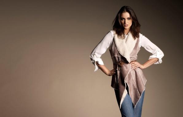 Picture look, pose, model, jeans, strap, Lauren Budd