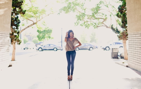 Picture girl, street, feet, jeans, yard, blouse, is