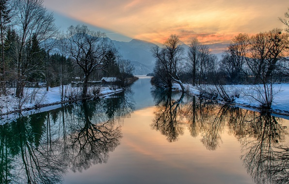 Picture winter, the sky, snow, trees, mountains, house, river, glow